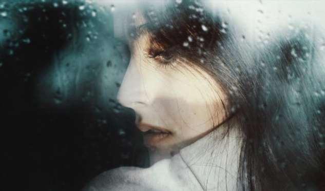 Не воспринимайте молчание женщины как слабость