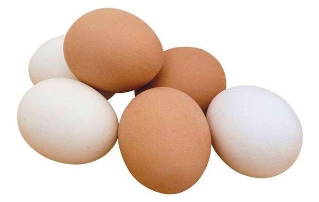 Если заболели гриппом или простудой — идите к холодильнику. Вам поможет куриное яйцо