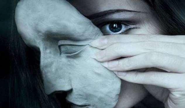 В конце концов, люди всегда показывают свое истинное лицо