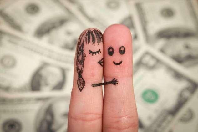 Как влюблённым решить финансовый вопрос и не разбежаться