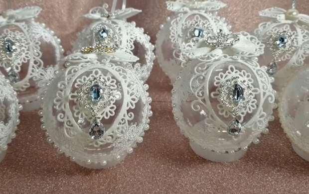 Роскошные новогодние шары, которые станут главным украшением праздника